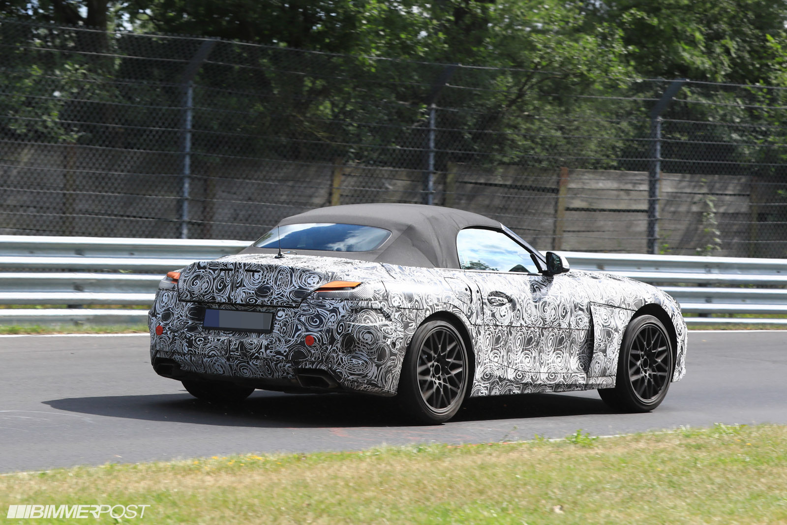 First G29 Z4 Roadster Prototype Spied Returns To The Soft